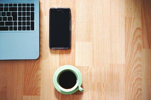 オフィス, 携帯電話, コーヒー, テーブル, ノート パソコン, 自宅から