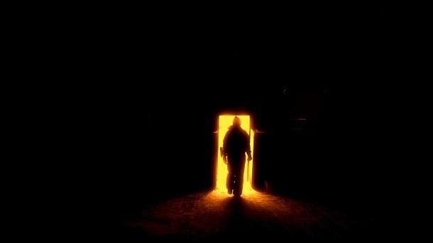 人間のシルエット, 地獄への扉, ゲート, 太陽, 明るい光, 火山の噴火口, 人々, 女の子, 友人同士