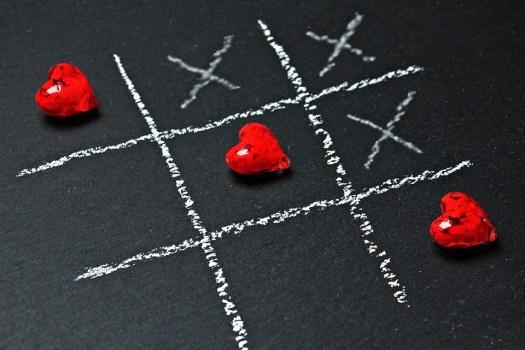 Tris, Amore, Cuore, Ascolta, Gioco Di Strategia