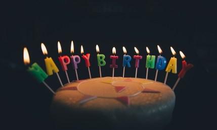誕生日, 誕生日ケーキ, ケーキ, キャンドル, 炎, 食品, お誕生日おめでとう, 菓子, 青色の食品