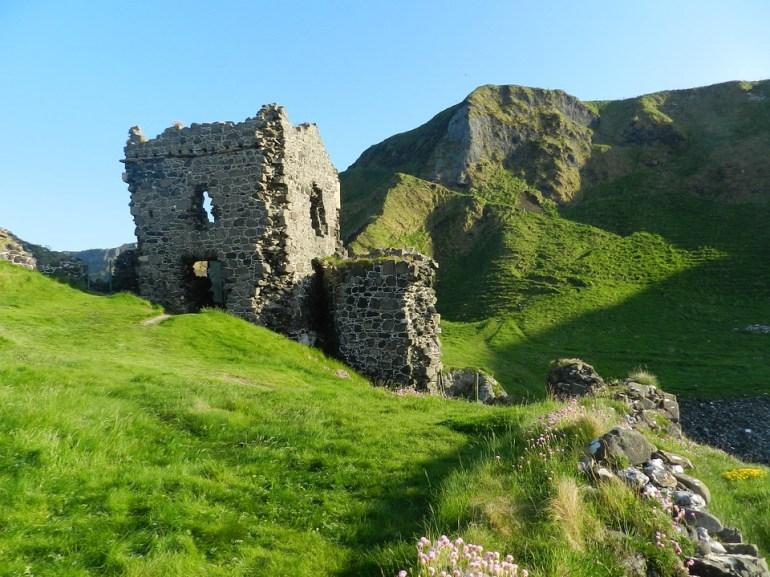 Castle, Ireland, Kinbane Castle, Green Castle