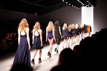 Pasarela, Modelos, Mujeres, La Moda, Desfile De Moda