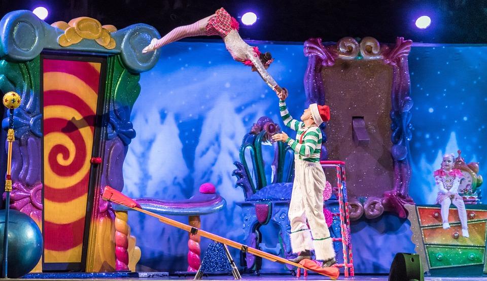 Acróbatas, Cirque Du Soleil, Programa De Navidad