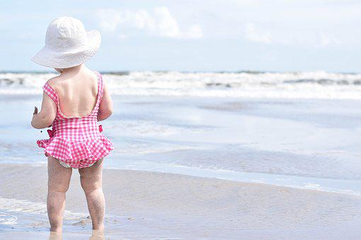 ビーチ, 砂, 女の子, 幼児, 夏, 海, 休暇, 波, 岸, 空, 海岸
