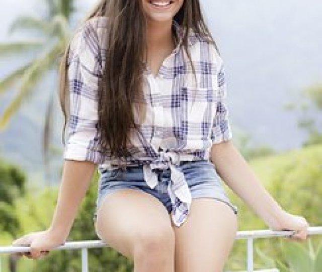 Model Teen Young Posing Women