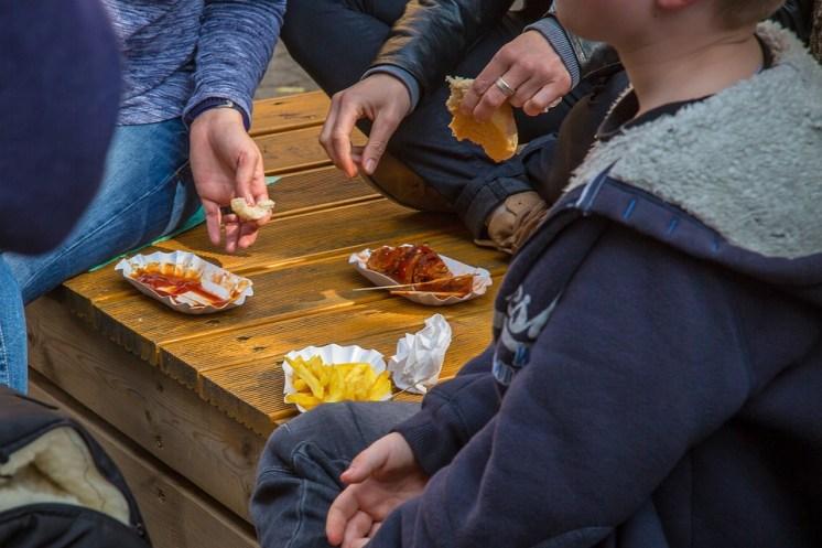 Français, Currywurst, Restauration Rapide, Frits