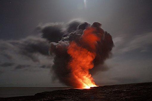 volcano-2262295__340 Consequências para a saúde da Erupção do vulcão La Palma