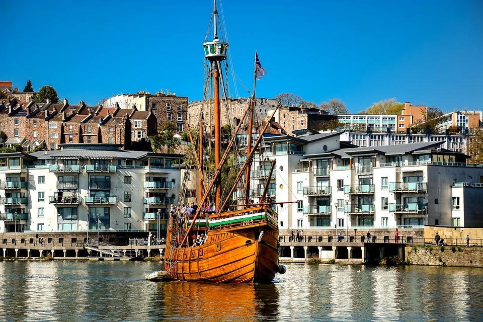 Bristol nave