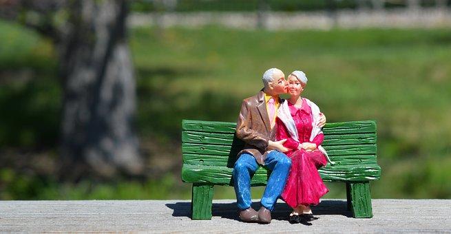 오래 된 커플, 좌석, 조부모, 벤치, 키스, 포옹, 사랑, 노인