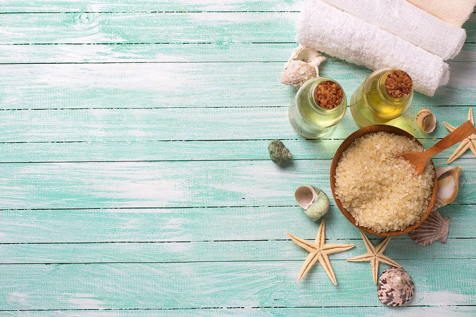 Manfaatkan produk skin care alami dan khusus
