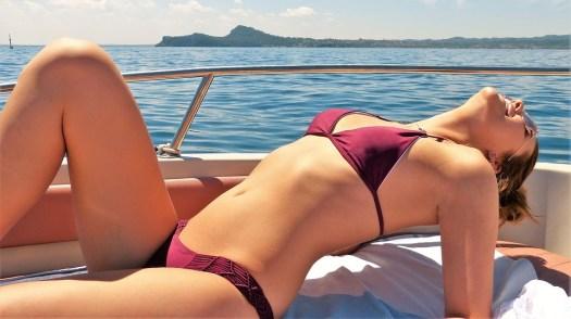 Ragazza, Giovane Donna, Barca, Lago, Estate, Bikini