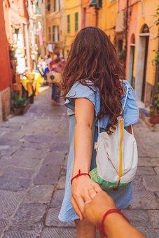 손, 커플, 남자, 소녀, 사람들, 팔찌, 가방, 골목