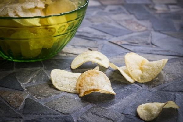 patatine grassi idrogenati etichette alimentari lista ingredienti spesa