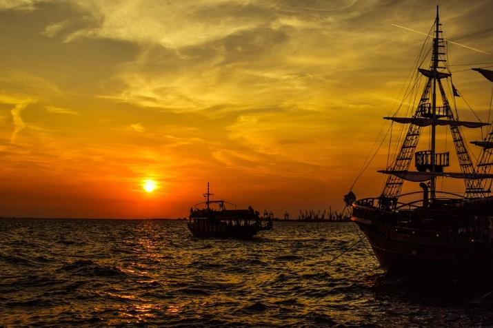 Ηλιοβασίλεμα, Λιμάνι, Πλοίο, Βάρκα, Ουρανό, Σύννεφα