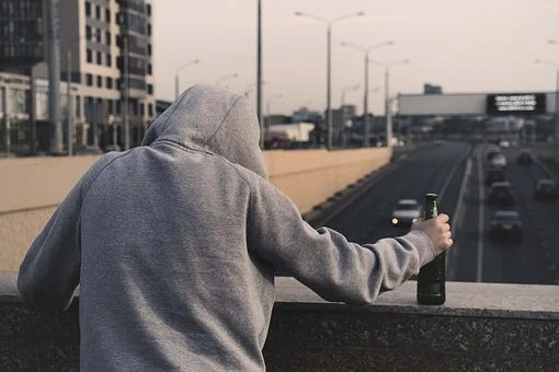 Alkoghol, Narkomaniia