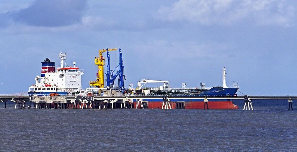 crude oil movement today