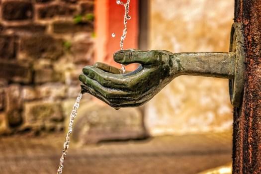 Fontana, Acqua, Flusso, Bagnato