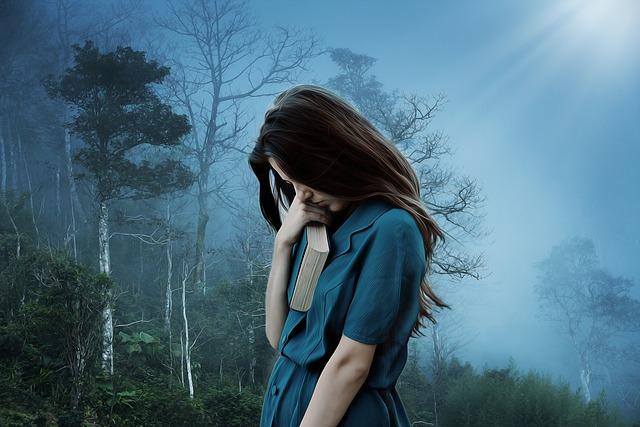 女の子, 悲しみ, 孤独, 悲しい, うつ病, だけで, 不幸です, 苦しみ, 女性, 若いです, 本