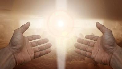 宗教, 信仰, クロス, 光, 手, 信頼, 神, 祈る, 祈り, 平和, 魂, 自由, 霊性, 精神的です