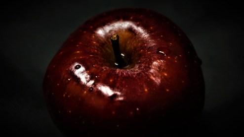 アップル, 赤, 暗い, フルーツ, 背景, 茎, 誘惑, アダムとイブ, 表面, 構造, 塞ぎます, マクロ