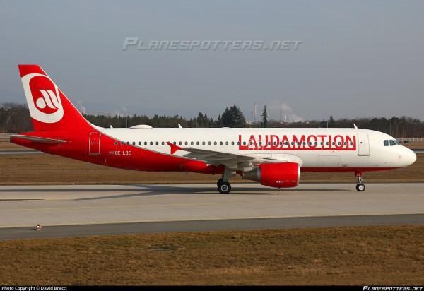 OELOE LaudaMotion Airbus A320214 Photo by David Bracci