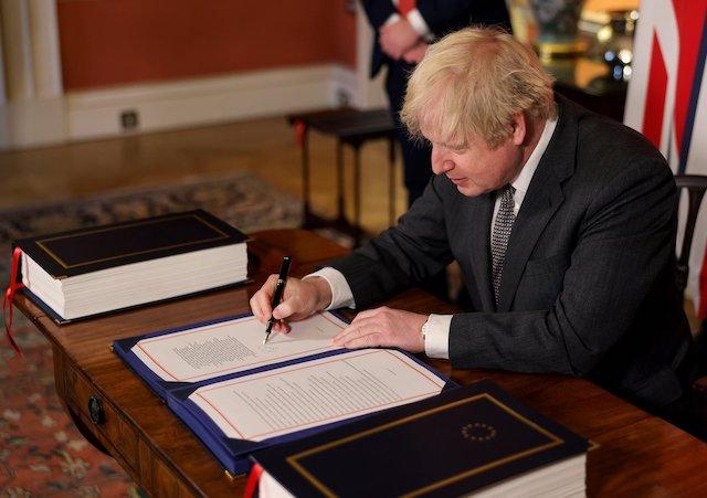 Brexit: Boris Johnson signs trade deal with EU