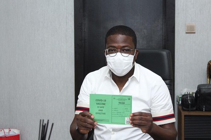 Lagos State Head of Service, Hakeem Muri-Okunola receives first jab of the Oxford/AstraZeneca COVID-19 vaccine.