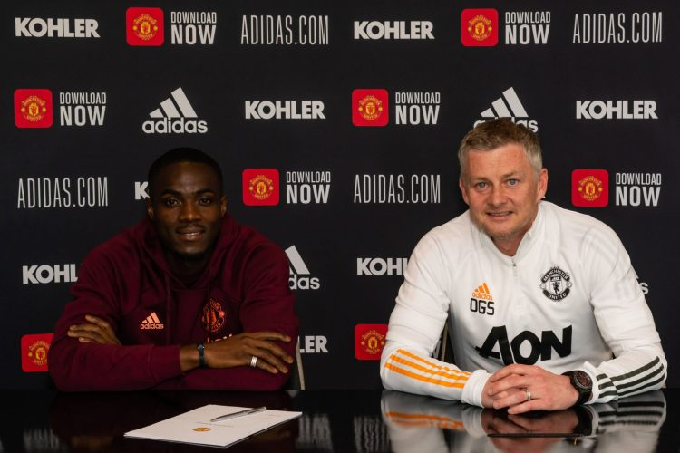 Bailly renews United contract