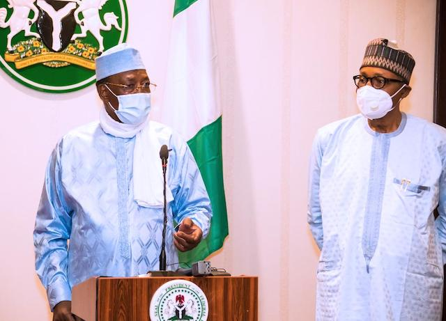 Deby addressing the Nigerian media on 27 March