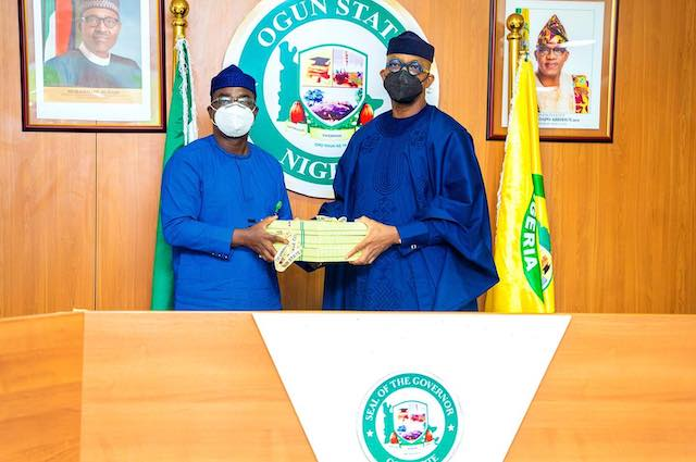Governor Dapo Abiodun receives the report on farmers, herdsmen crisis in Yewa