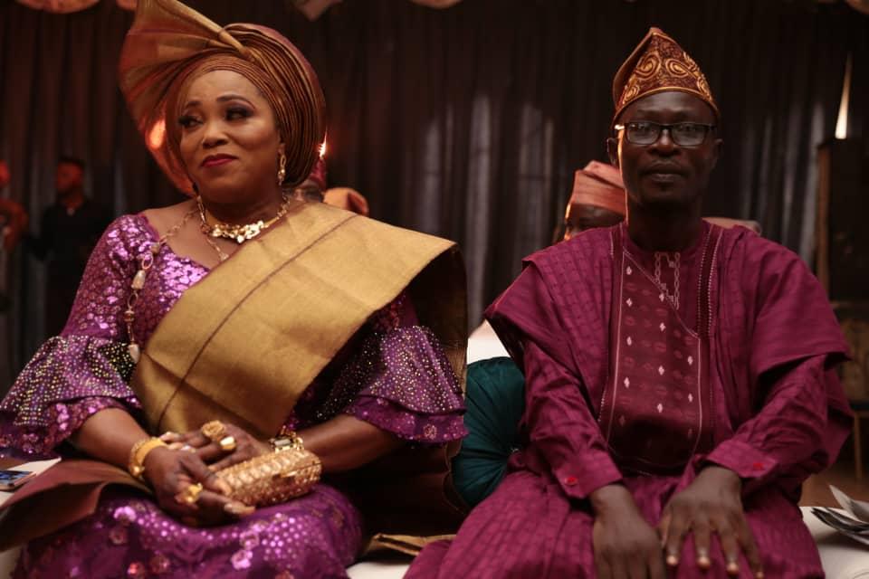 Bride's parents, Mr and Mr Sogbesan