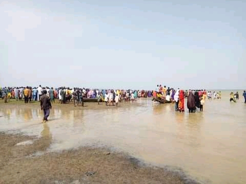 98 still missing in Niger boat mishap