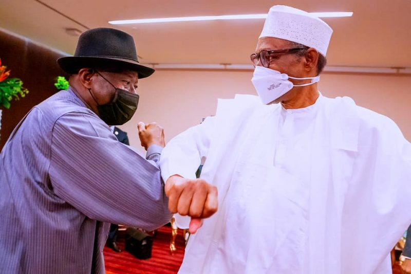 Buhari greets Goodluck Jonathan at the ECOWAS summit in Accra before speaking on Libya, Mali and others