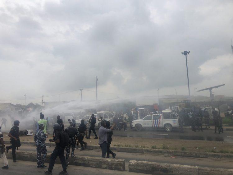 Police begin dispersing protesters at Ojota