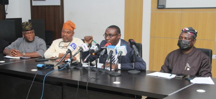 Lagos unveils smart device for real time traffic management