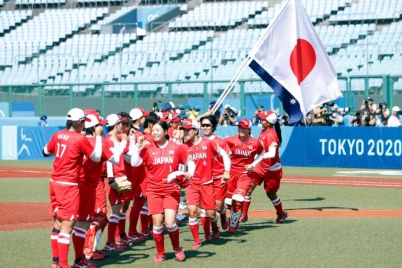 Japan's softball team crush Australia in opening Olympic Game