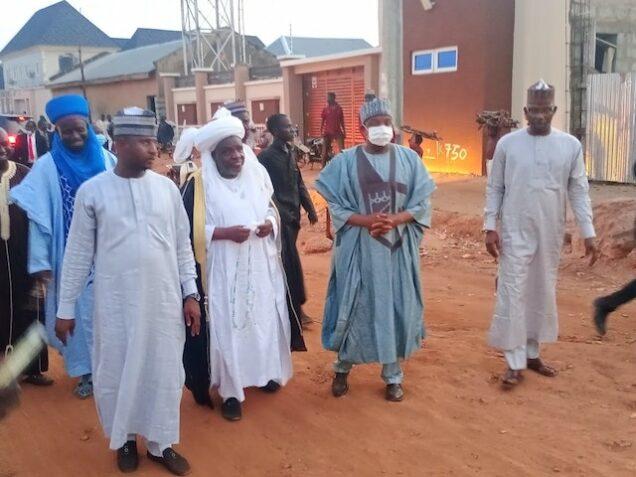 Atiku Bagudu, second right with Sarkin Kabin Jega, Alhaji Arzika Bawa,