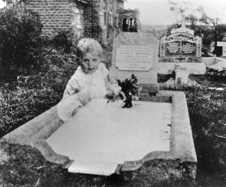 the most famous ghost photographs ever taken image 7