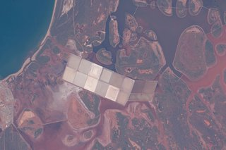 Amazing images from the International Space Station image 16