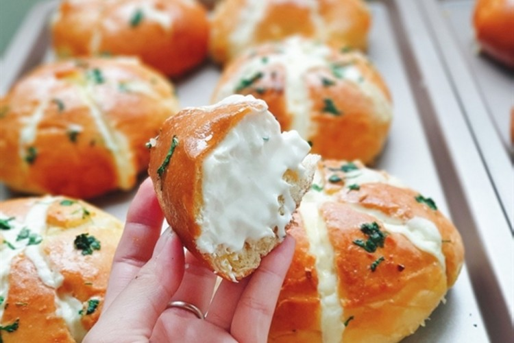 makanan kekinian Korean Garlic Bread