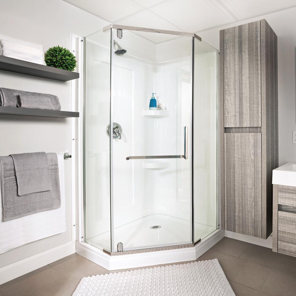 poser une douche en acrylique