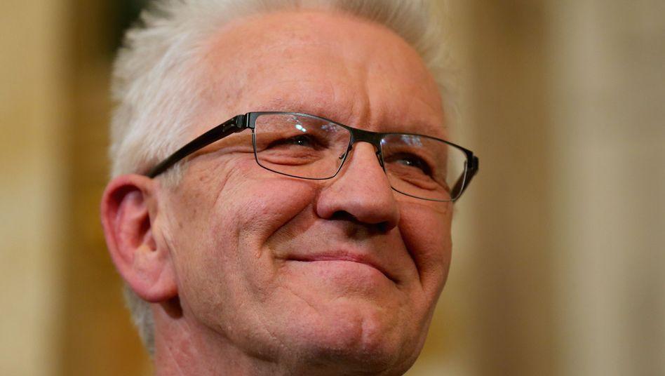 https www spiegel de politik deutschland landtagswahl in baden wuerttemberg 2016 wie die gruenen volkspartei wurden a 1081493 html