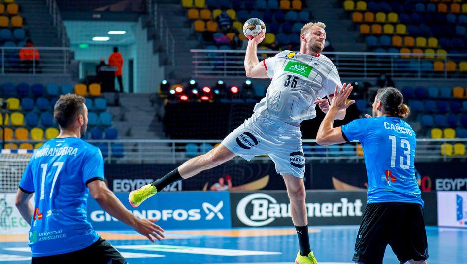 handball wm 2021 uruguay gegen deutschland mit spass am verlieren der spiegel