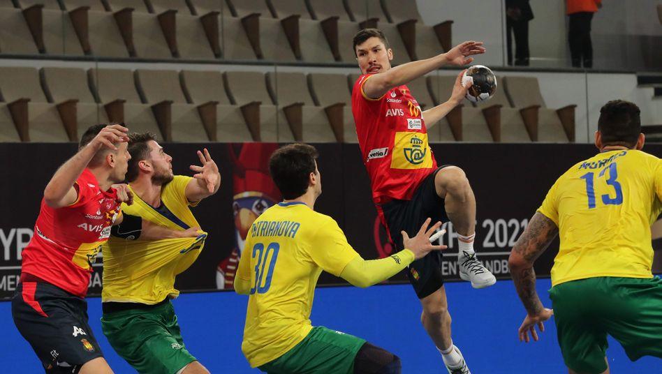 deutschland trifft bei der handball wm auf spanien so gefahrlich ist der gegner der spiegel