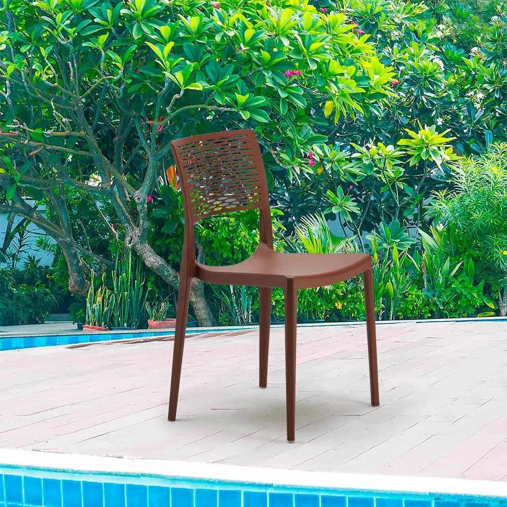 chaise design cross empilable legere pour salle a manger bar et jardin
