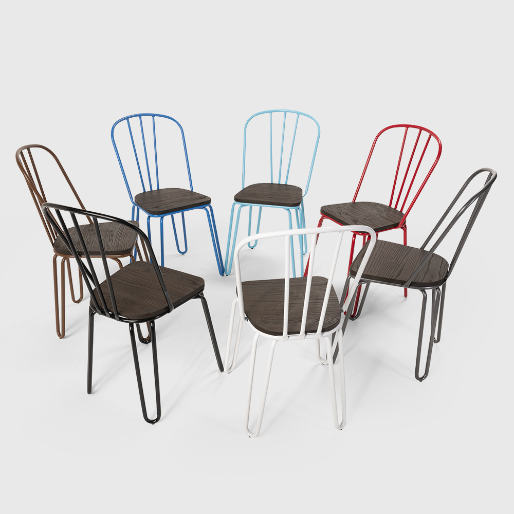 ferrum chaises industrielles en acier steel tolix pour bar et cuisine