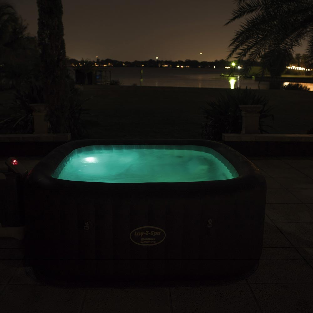 spa gonflable avec jets hydromassage deluxe series bestway 54173 lay z maldive