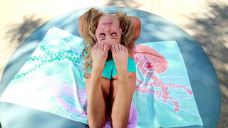 Flexible girl Mia Malkova working out outdoor Preview Image
