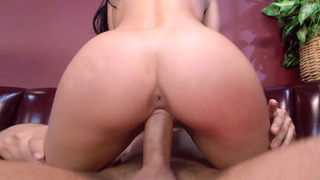 Big booty chick Kelly Diamond riding him cowgirl style Preview Image