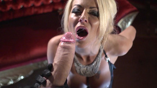 UK slut Tia Layne sucks Danny's fat meaty shaft Preview Image